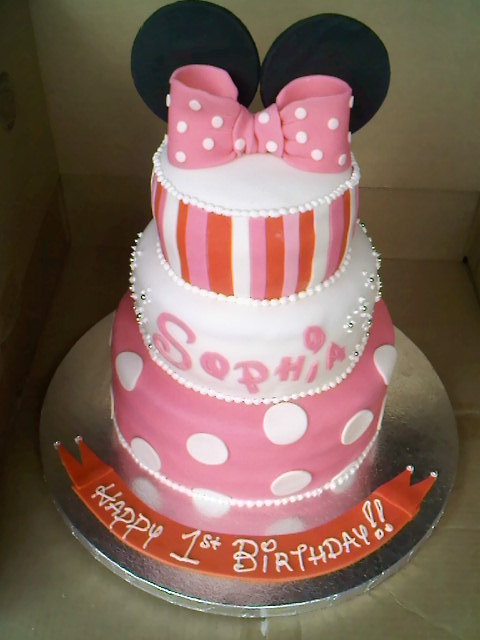 Lick Your Lips Cakes: Baby Minnie Mouse Cake