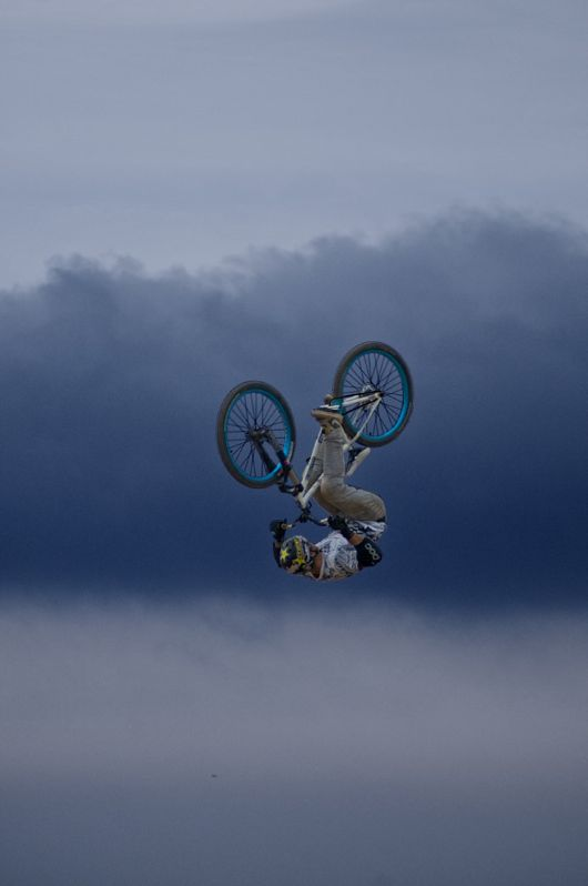 pink-hair-streaks-feature