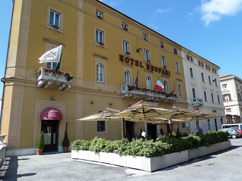 Nell'amore in Italia title=