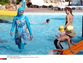 Islam in Europe: Switzerland: Canton guidelines allow burkini in ...