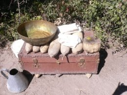 Wash your hands before lunching with the elephants! Botswanan wash basin