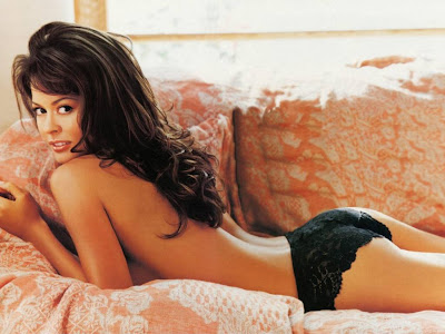 Free Posters and Wallpapers of Brooke Burke