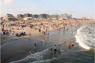 2009 07 04 164602 Paris plages love New York plages