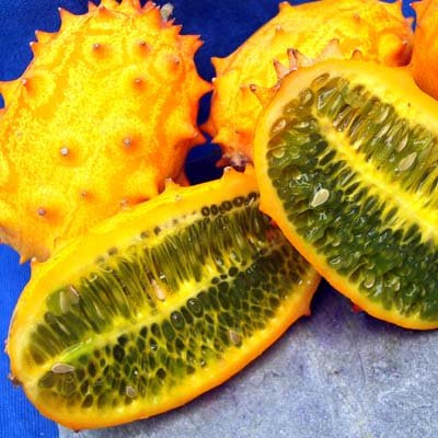 Buah-buahan dengan bentuk yang Aneh dan unik gambar1