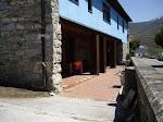 La entrada al Restaurante en Degaña