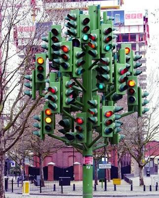 Trafik Light Terunik Di Dunia [ www.BlogApaAja.com ]