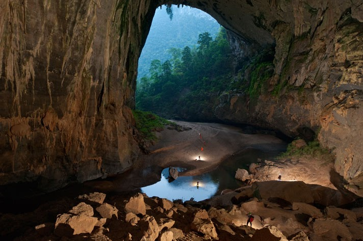 Explorers discover spectacular caves in Vietnam, Mammoth Heritage Cave found