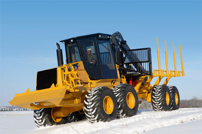 CAT 584HD Forwarder