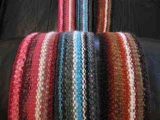 KNITTING AND WEAVING TIDBITS!: A Week of Scarves! Day 2 - Knitted Lengthwise ...