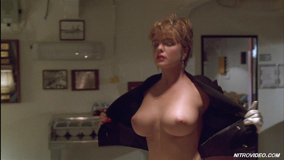 Krista Allen nue dans une scne rotique - sextape de star nue
