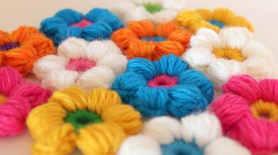 crochet bright puffy flowers