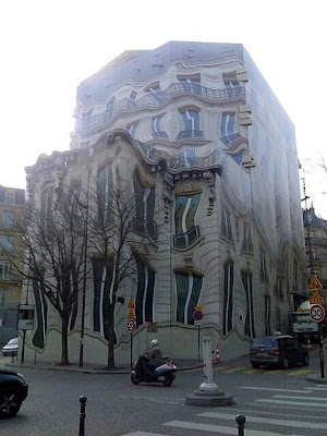 Melting Building