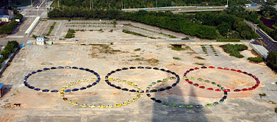 Olympic logo formed by 139 cars