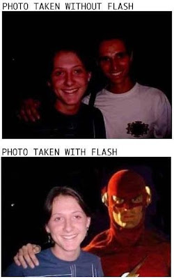 Photo taken with and without flash