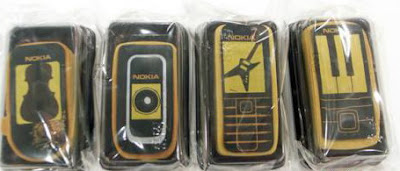 Nokia mooncakes that look like mobile phones