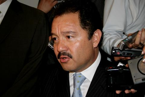 No avala a Pacheco de Velásquez