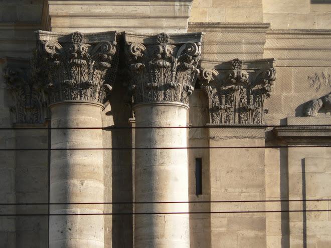 Cathédrale, colonnes et pilastres