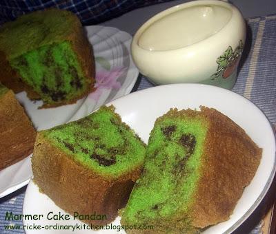 MARMER CAKE PANDAN