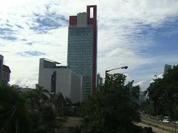 Langit ibu kota