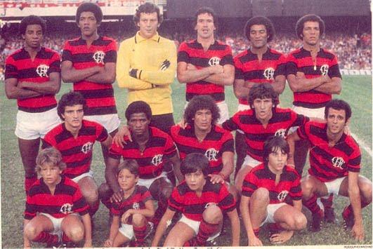 Super time do Mengão 1980 jogo contra o Curitiba