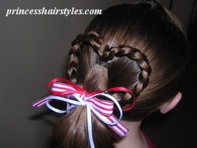 Quick and Easy Heart Ponytail | Hairstyles For Girls - Princess Hairstyles