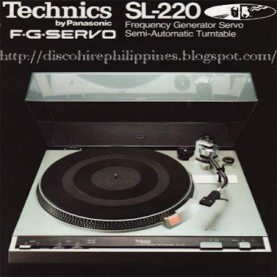 Vintage Technics SL-220 Turntable was one of the earliest disco 70,s decks on the dj market