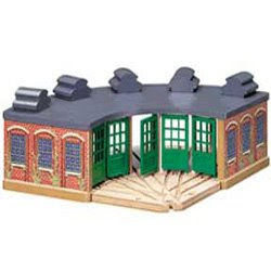 Good-quality brio thomas shed for  Locomotives trains pic