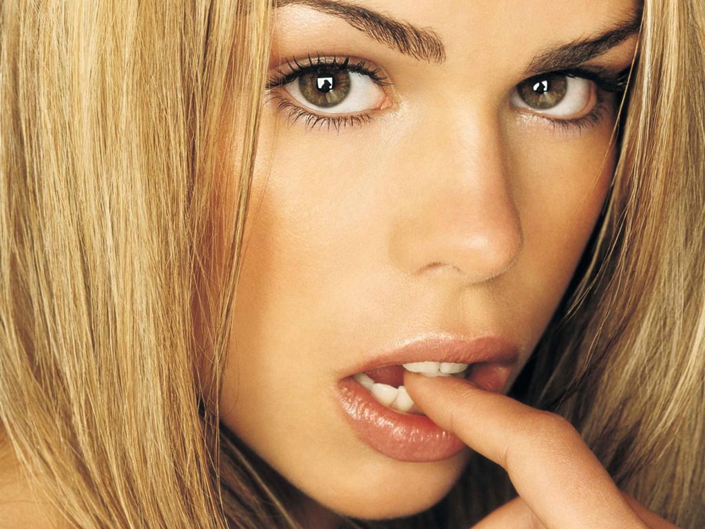 http://3.bp.blogspot.com/_p2EstT5Z5BU/TH3_AthlrVI/AAAAAAAAAxA/yNi56qxuspg/s1600/Billie+Piper+Wallpapers+3.jpeg
