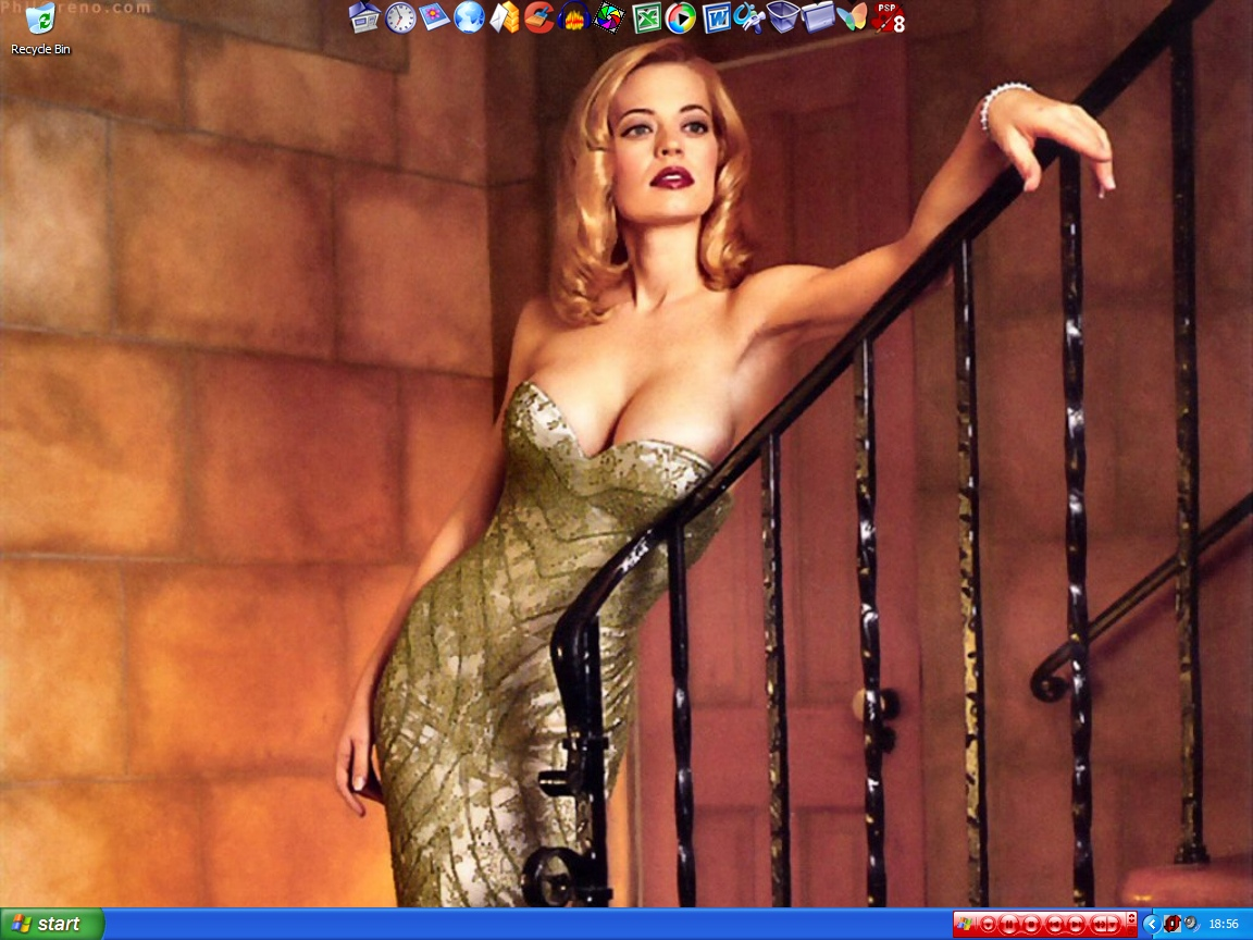 Piper jeri ryan of star trek voyager totally nude love  Amazing