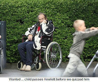 Spot the difference: Raymond Hewlett versus Dr David Payne Child+passes+hewlett