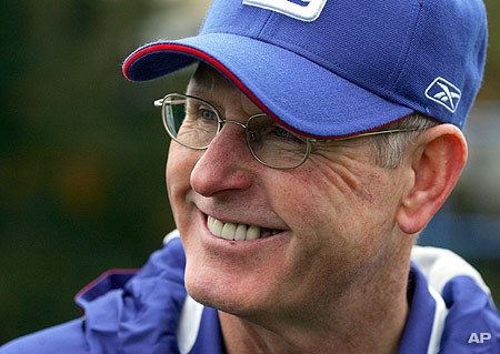 Giants coach Tom Coughlin - Great Act of Charity