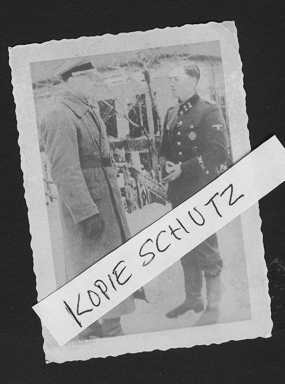 Jochen peiper (kanan) dan theodor wisch