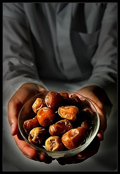 ~ Break fast with dates ~