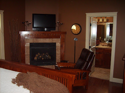 Nw emerson way mcminnville oregon craftsman style home for Master bedroom corner fireplace
