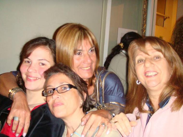 Agustina Picasso, Laura Amarilla, Graciela Pizzichilo