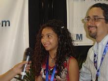 Kariiana y su Papá Eli. Moreno. en el lanzamiiento..1.!!