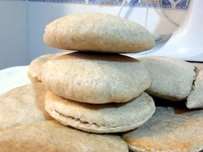 con engrudo e ingenio se puede hacer cualquier pan