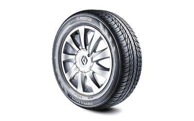 Renault 39 s garage renault lan a linha de pneus no reino unido for Garage renault promotion pneus