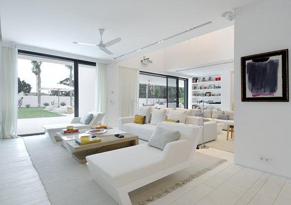 Tatamba blog de decoraci n una casa minimalista for Casa de lujo minimalista y espectacular con piscina por a cero