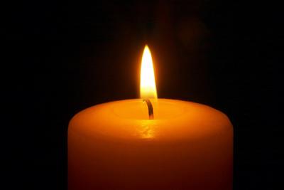 http://3.bp.blogspot.com/_p9yJbp0xNFI/SxJYJqlIQjI/AAAAAAAAAY8/eq1sw_-IXgQ/s1600/erster-advent.jpg
