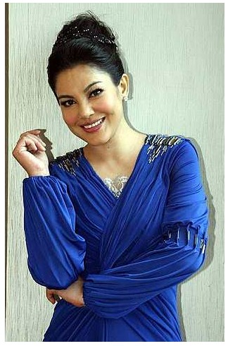 Blogger Mak Datin Gersang
