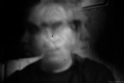pinhole camera hålkamera konstnärligt foto självporträtt self portrait foto anders n