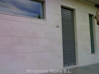 Natural stone marpamar stone s l piedra caliza blanca apomazada - Piedra caliza fachada ...
