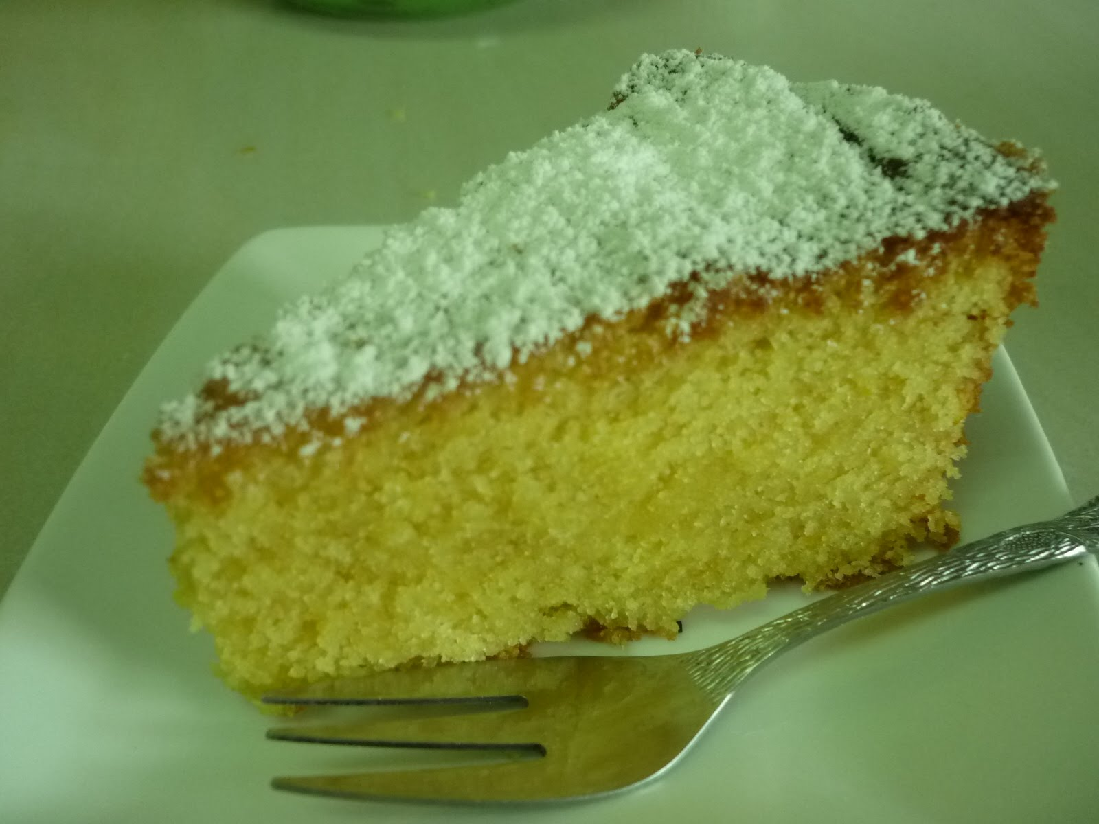 kitchen flavours: Lemon Polenta Cake