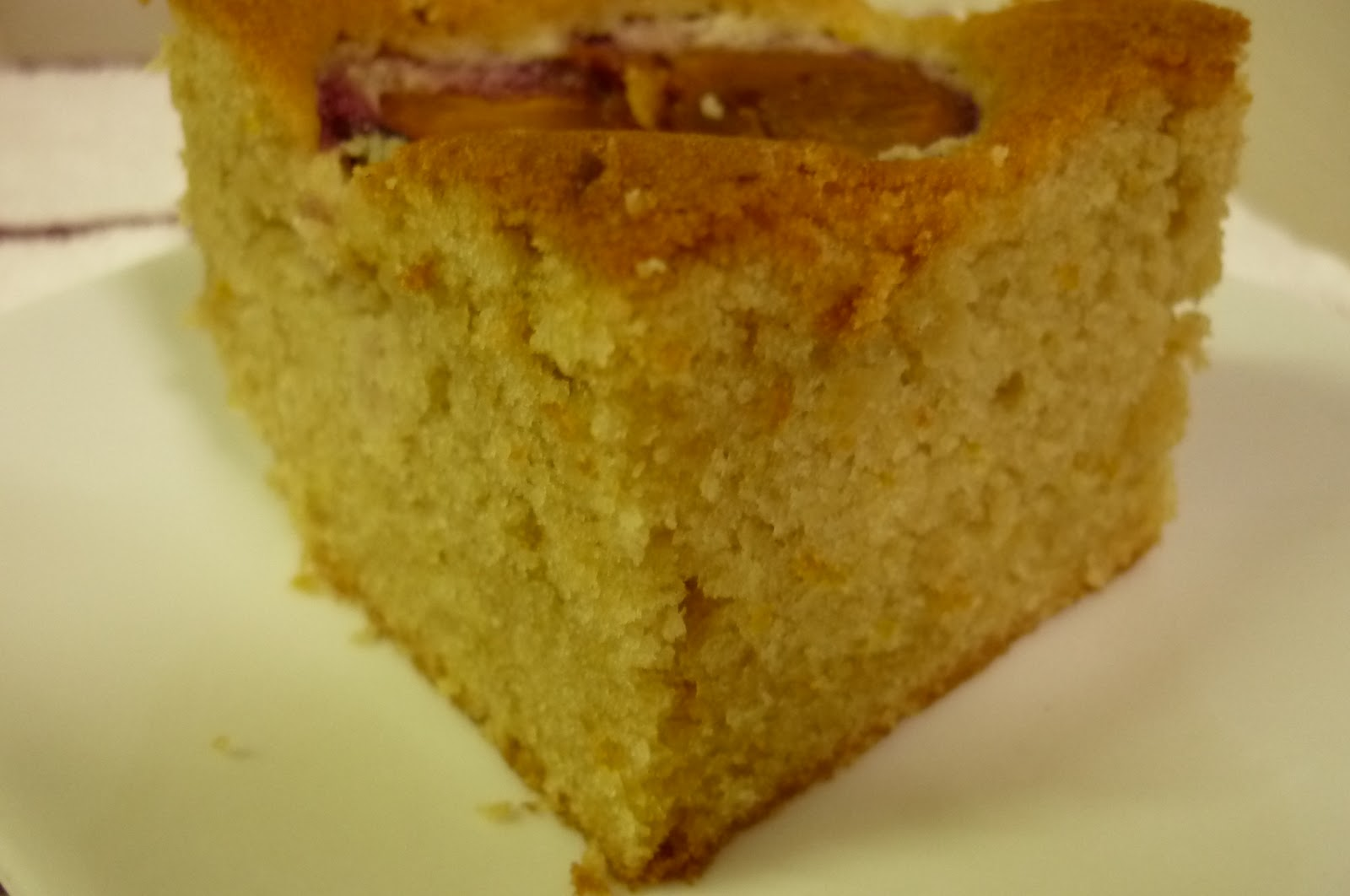 kitchen flavours: Dimply Plum Cake