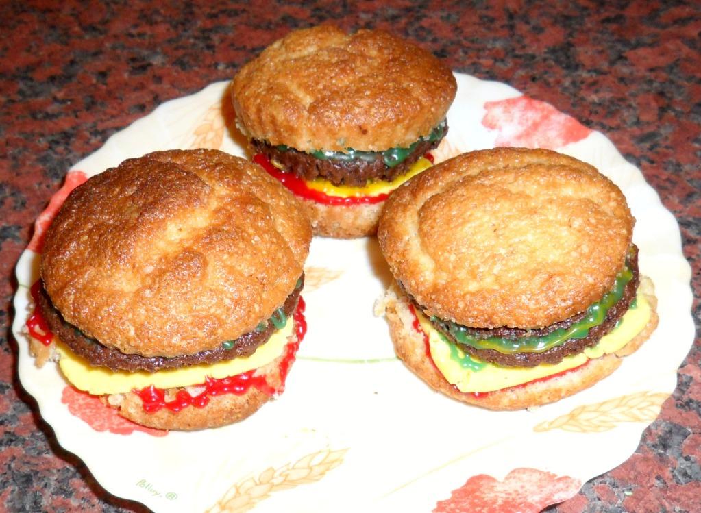 Cheeseburger Cupcake