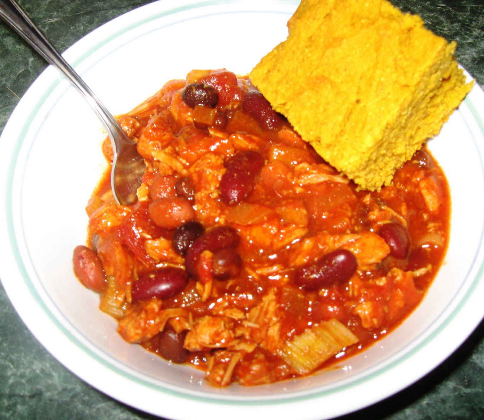 ... ... Healthy & Low Calorie: Buffalo Chicken Chili in the Slow Cooker