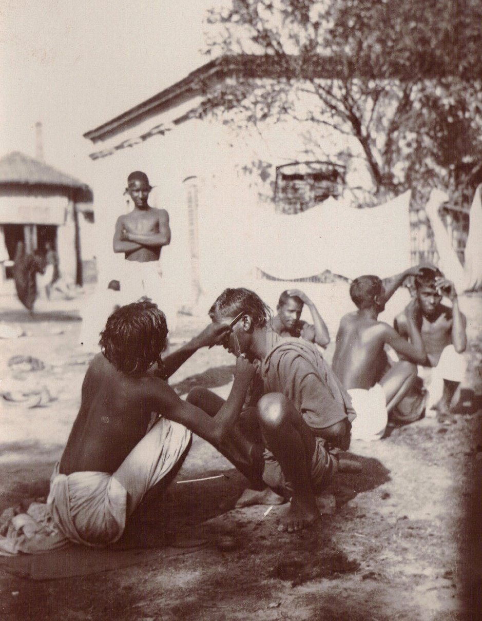 Barbers, Calcutta c.1903