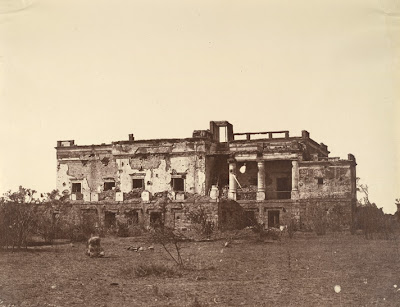[Hindoo+Rao's+House,+Delhi,+from+west+-+1858.jpg]