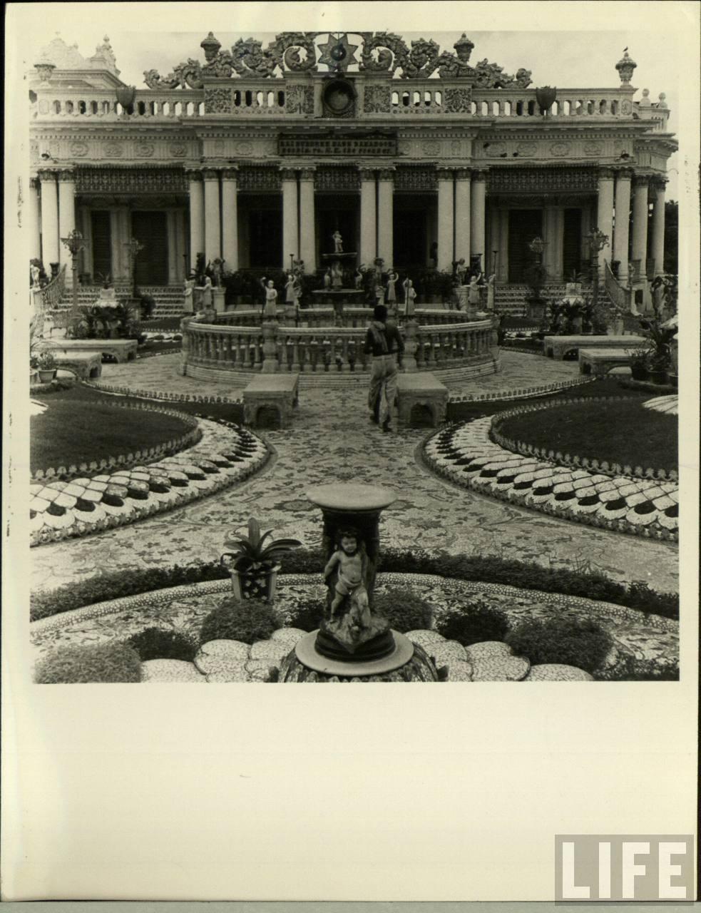 Palace in Calcutta (Kolkata) -  Date Unknown